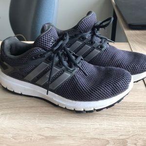 Adidas cloud foam tennis shoes size 8.5
